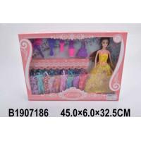 Кукла 1035B с платьями и аксесс. в кор.