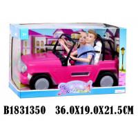 Кукла 68136 на машине с аксесс. в кор.